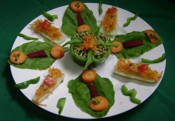 http://7ganj.ir/img/2014/10/green-vegetable-salad-Decoration-www.7ganj.ir_.jpg