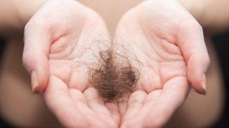 تا چه مقدار ریزش موهای شما طبیعی است