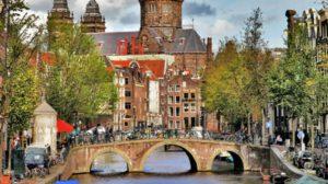 10 شهر توریستی و جذاب مانند پاریس