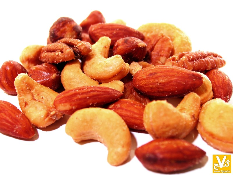 Nuts-705071