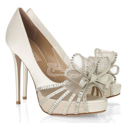 Wedding-Shoes-for-Brides-5