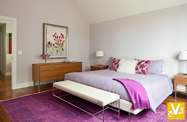 purple-designing-bedrooms-with-wood-sideboard-and-beautiful-wall-art-with-modern-wooden-bedside-tables-and-purple-carpet