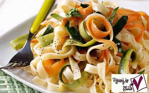 فتوچيني با سبزيجات
