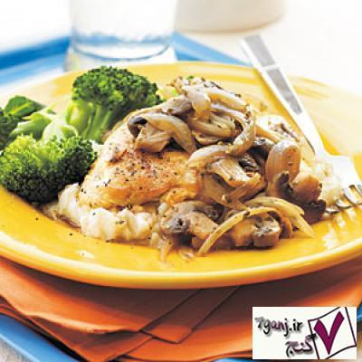 خوراك مرغ و قارچ رژيمي