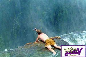 استخر شنای شیطان