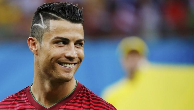 https://7ganj.ir/img/2016/01/Get-your-Cristiano-Ronaldo-Hairstyle-www.7ganj.ir48.jpg