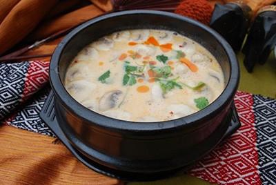 سوپ قارچ خامه ای
