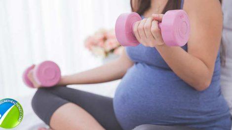 5 فواید کلیدی خوردن ماست در دوران بارداری