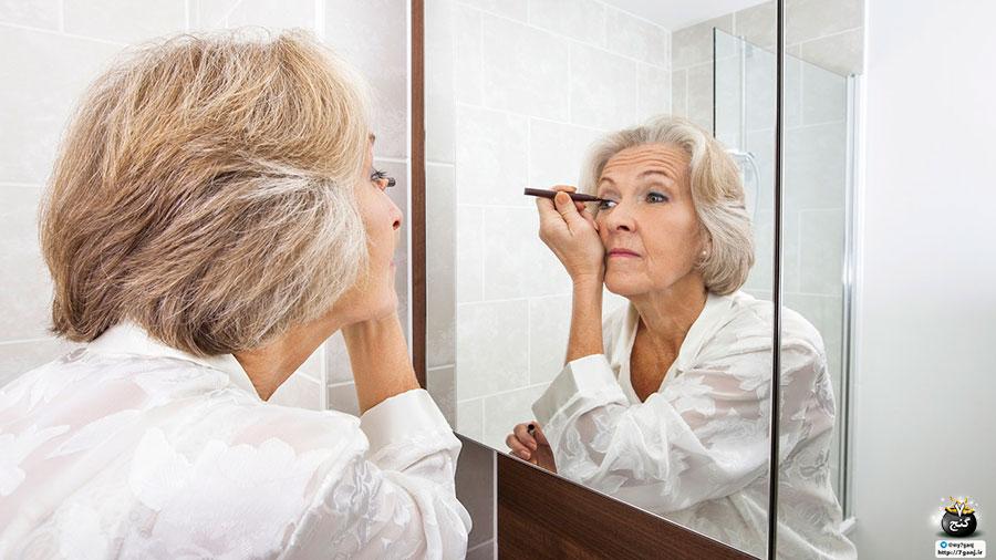 آرایش چشم خانم های خوش لباس آرایش متناسب important-tips-for-older-women