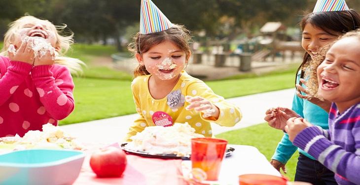 کیک تولد برای بچه ها