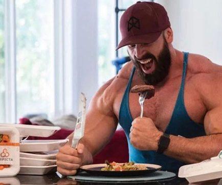 خوردن پروتئین