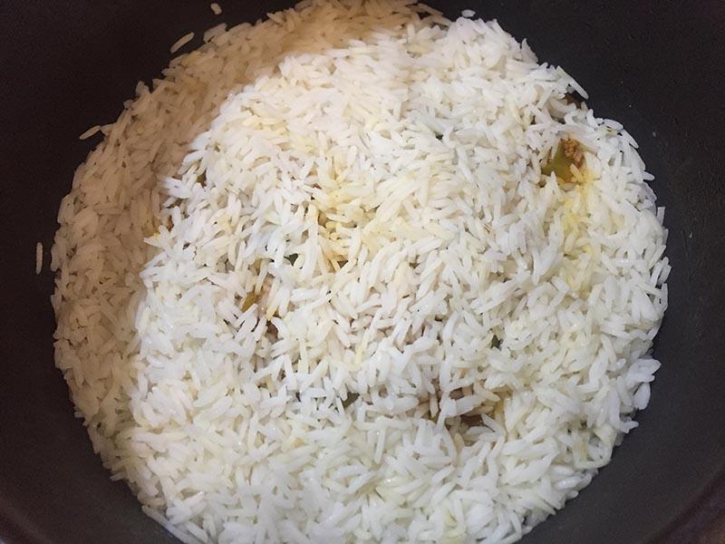 طرز تهیه فلفل پلو با گوشت خوشمزه و لذیذ