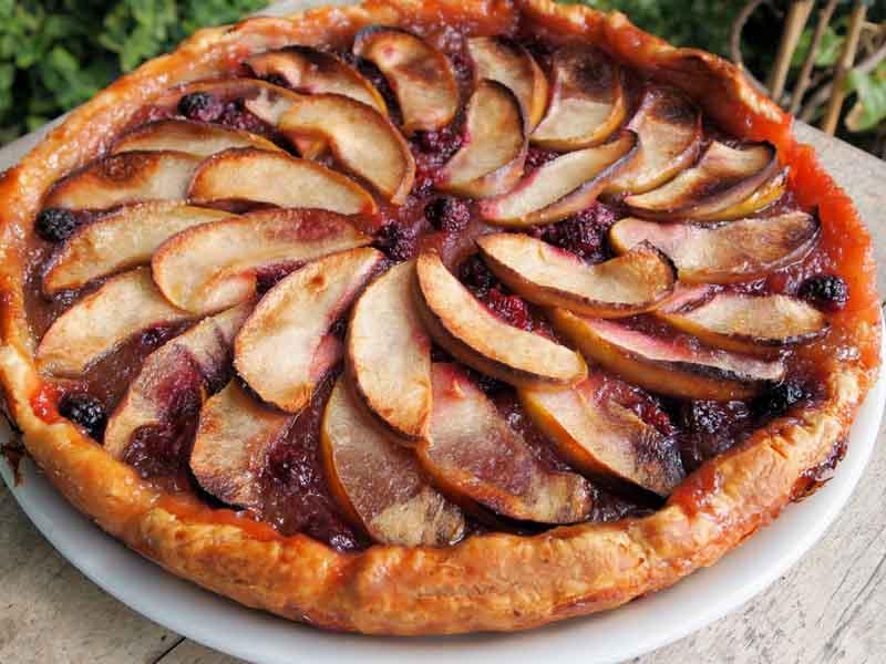 طرز تهیه پای انجیر و سیب بدون شکر خوشمزه