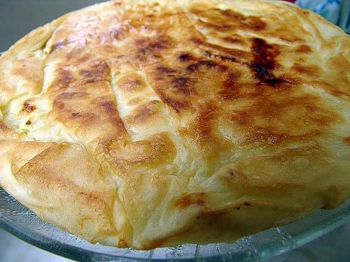 طرز تهیه کامل بورک جعفری و پنیر در داخل قابلمه یا فر