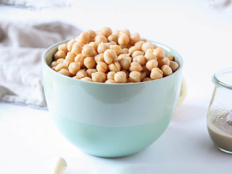طرز تهیه کامل  حُمُص خوشمزه، راحت و فراتر از یک غذای ساده