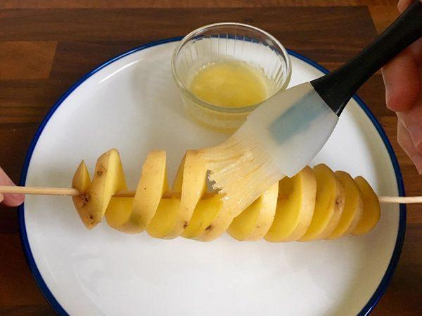 طرز تهیه سیب زمینی مارپیچی