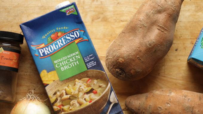 طرز تهیه سوپ سیب زمینی بهترین غذای پاییزی