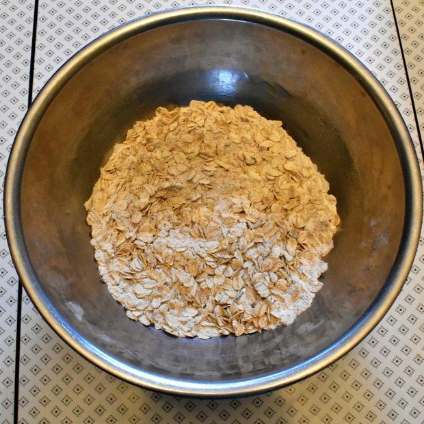 طرز تهیه نان موز خوشمزه و سالم