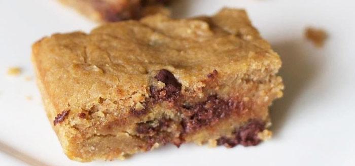 طرز تهیه کیک نخود، گیاهی، خوشمزه و پر از ویتامین