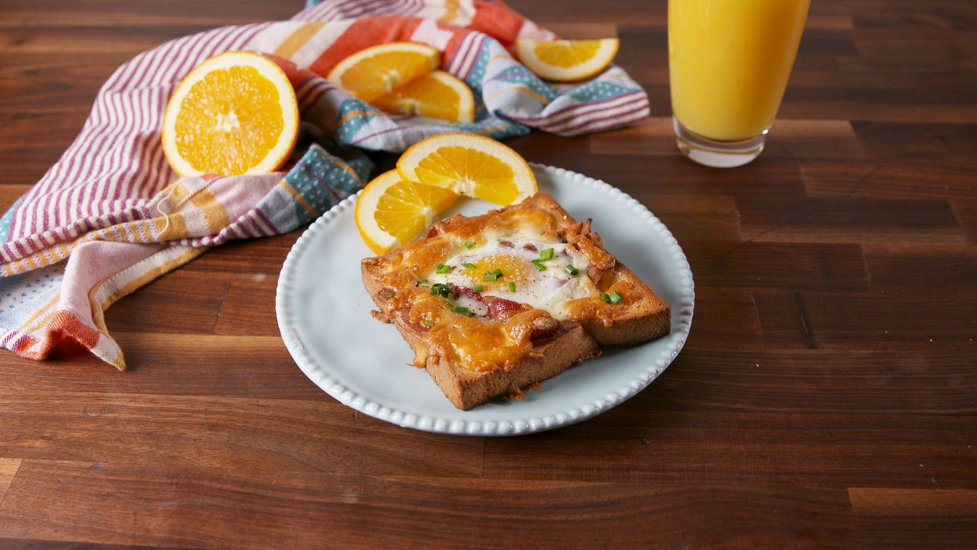 طرز تهیه تست تخم مرغ و پنیر