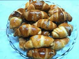 طرز تهیه نان کراسان شکلاتی(2)