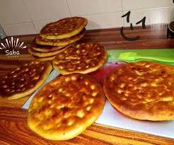 طرز تهیه نان گرده خانگی(استان کردستان)