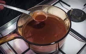 طرز تهیه سس قهوه ای یا دمی گلاس