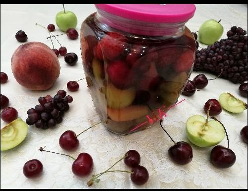 طرز تهیه ترشی میوه های تابستانی