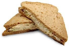 طرز تهیه ساندویچ با تن ماهی