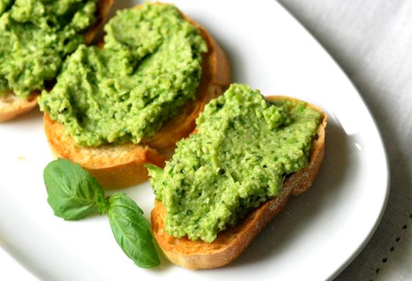 طرز تهیه بروسکتای نخود و لوبیای سبز سویا