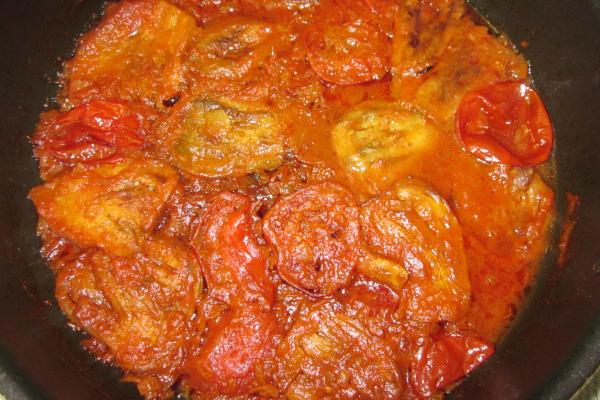 طرز تهیه گوجه بادمجان-  خورش گوجه بادمجان بدون گوشت ساده و خوشمزه