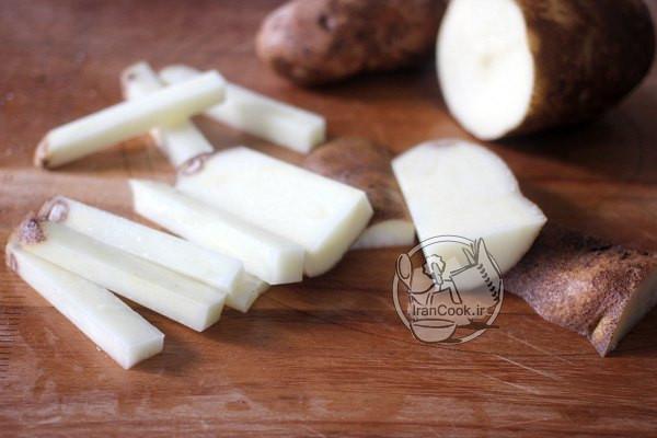 طرز تهیه سیب زمینی سرخ کرده در فر