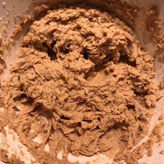 طرز تهیه شیرینی بادام مخصوص عید مرحله به مرحله
