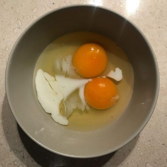 طرز تهیه اسکرامبل اگ صبحانه خوشمزه و ساده