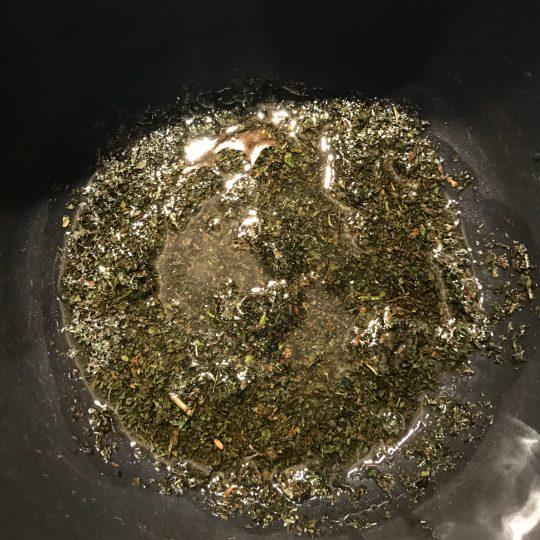 طرز تهیه کشک بادمجان مرحله به مرحله