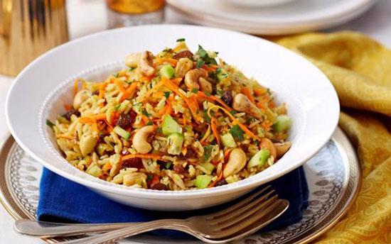 طرز تهیه سالاد برنج هندی؛ غذایی گیاهی و مقوی