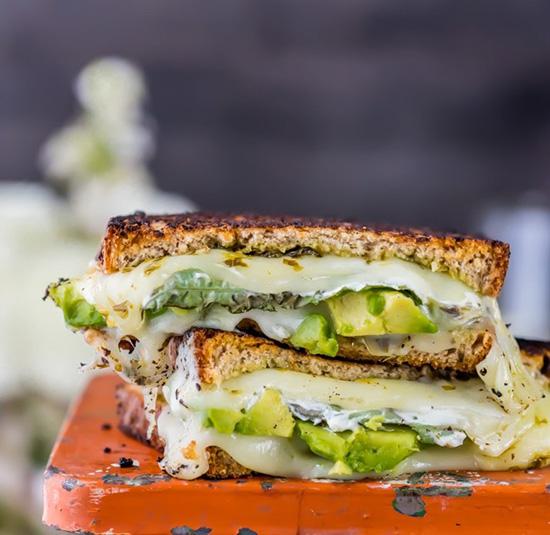 طرز تهیه ساندویچ گریل لوبیا، كدو و پنیر