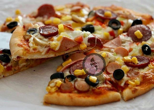 طرز تهیه پیتزاااا