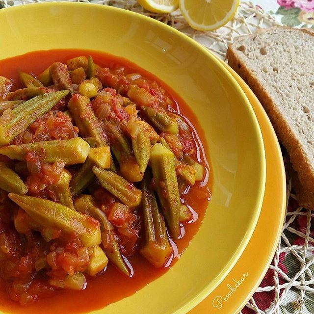 طرز تهیه خوراک بامیه با روغن زیتون