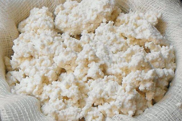 طرز تهیه پنیر لر ویا پنیر ریکوتای ایتالیاییها