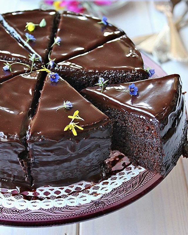 طرز تهیه کیک شکلاتی خیس اسپانیایی
