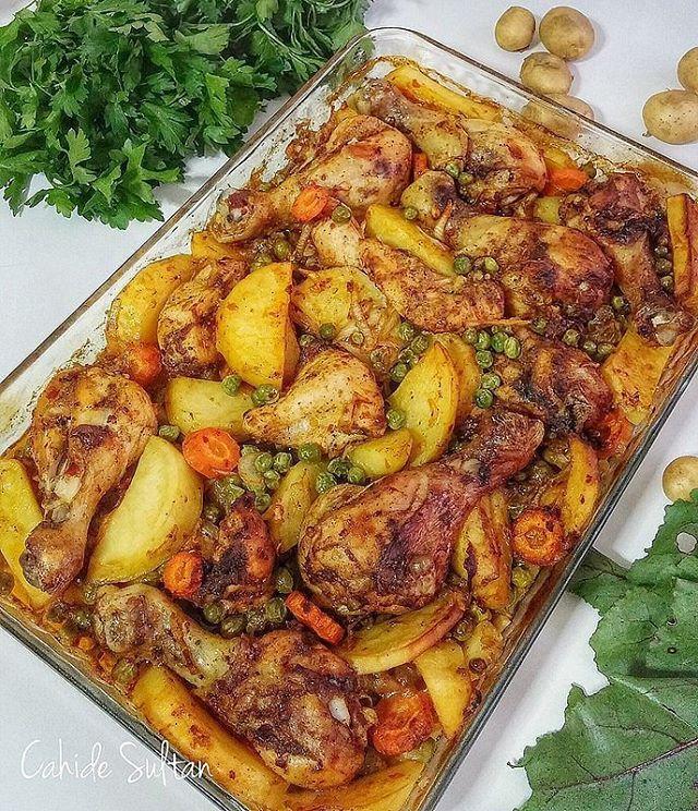 طرز تهیه خوراک مرغ راحت و خوشمزه در فر