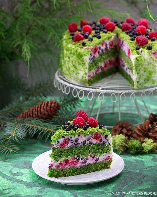 طرز تهیه کیک اسفناج با خامه پنیری-میوه ای
