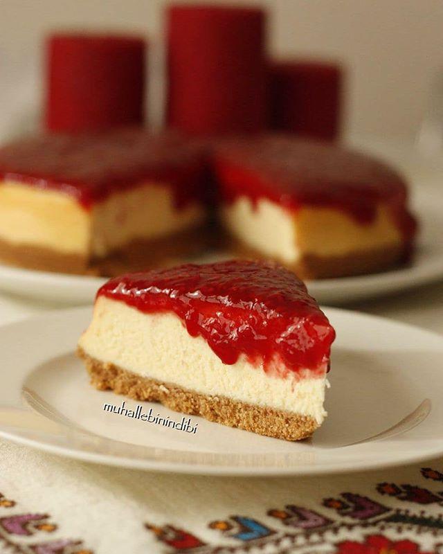 طرز تهیه چیز کیک تمشک